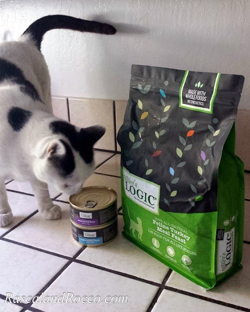 We want the best nutrition for our pets. Natural cat food with no GMO's no wheat, no corn, no soy @NaturesLogic