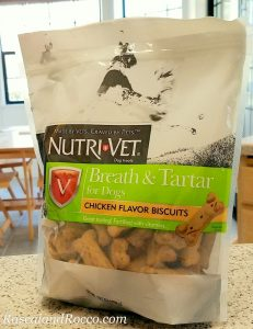 Nuti-Vet Breath and Tartar Biscuits for dogs #Nutrivet ad